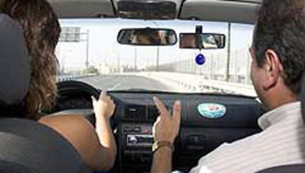 Tráfico propone limitar los coches a los conductores inexpertos