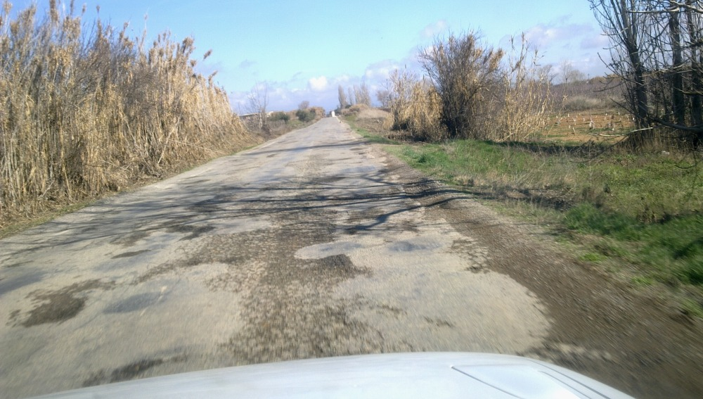 Carretera en malas condiciones