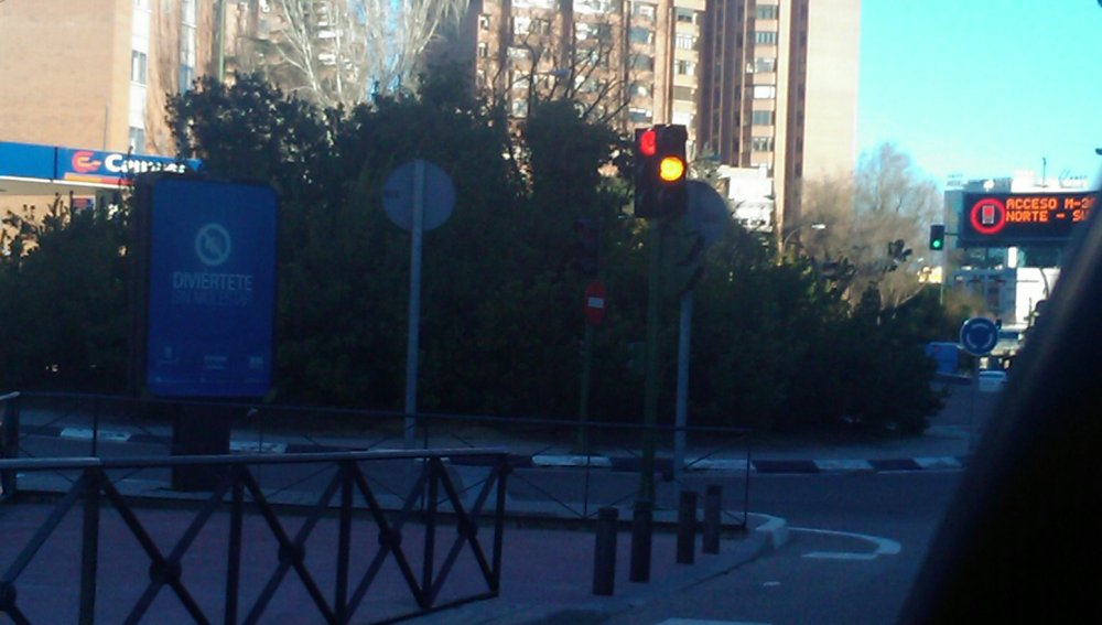 Las luces del semáforo se contradicen