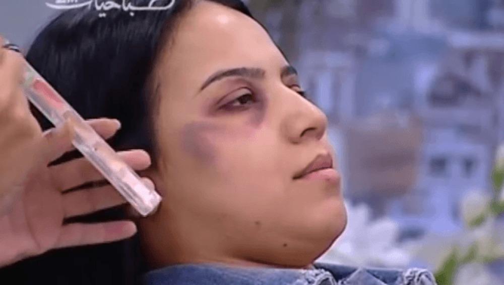 Imagen  del tutorial de maquillaje en la tv marroquí
