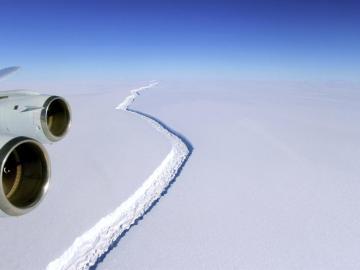 Grieta en el segmento Larsen C en la Antártida