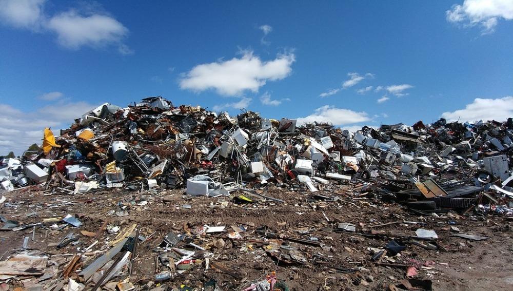 La Interpol descubre el tráfico ilegal de 1,5 millones de residuos