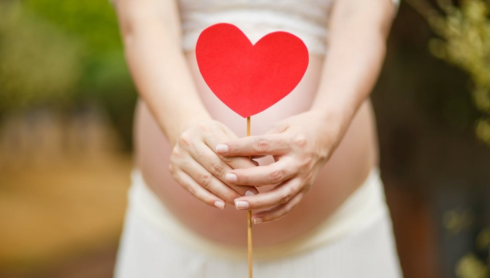 Una beca de investigación analizará los posibles beneficios del embarazo en la prevención del cáncer de mama