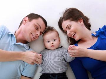 El método danés para que nuestros hijos se conviertan en adultos felices