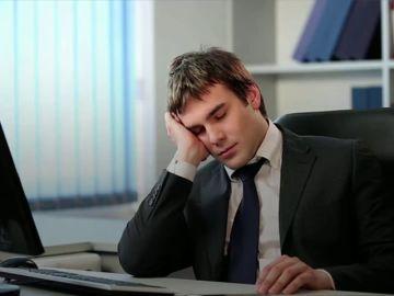 Expertos piden que se permita una hora de siesta a los trabajadores por el cambio de hora
