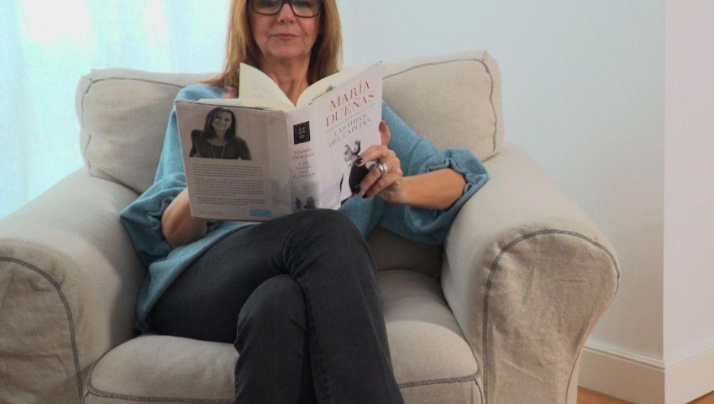 María Dueñas, con su último libro, 'Las hijas del capitán'