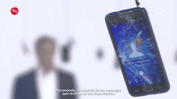 """Carlos Sainz:""""La mayoría de los mensajes que recibes no son importantes y ninguno es más urgente que lo que está pasando en la carretera"""""""