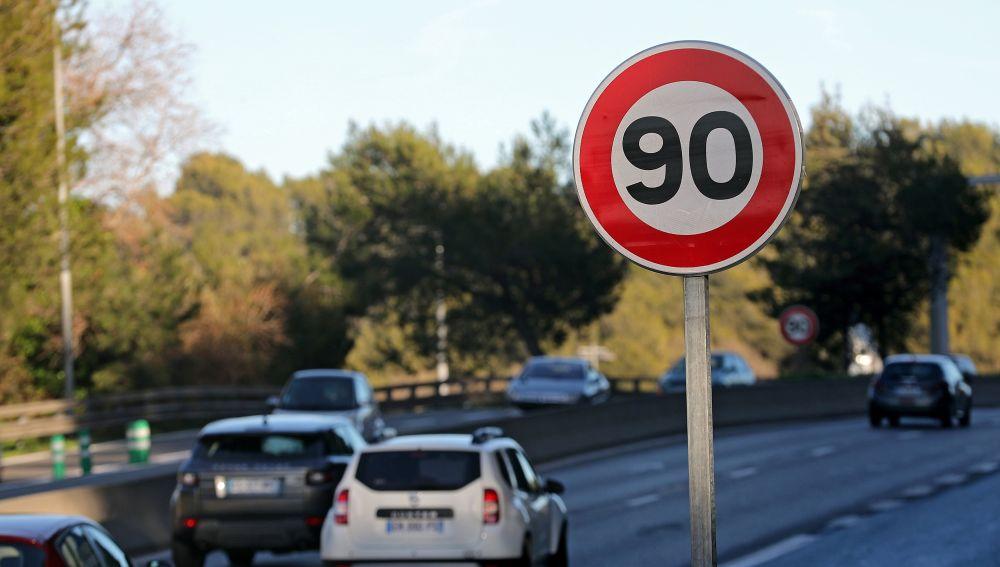 Limitación de la velocidad máxima en las carreteras