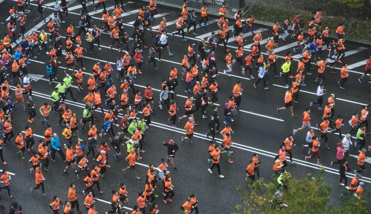 Las calles de Madrid se tiñen de color naranja de la 10ª Carrera Ponle Freno