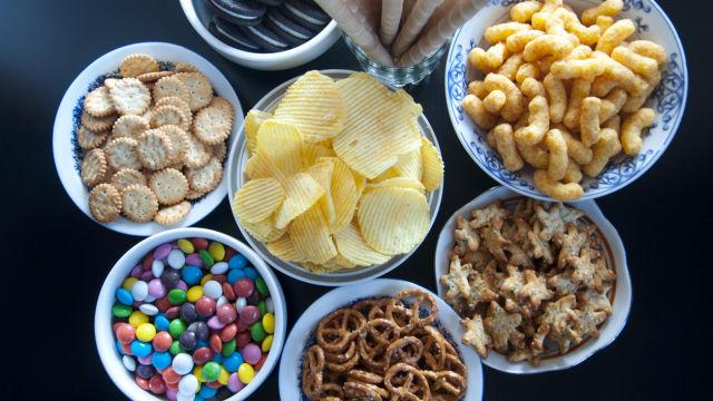 Nezdrava hrana - slatkiši i slaniši