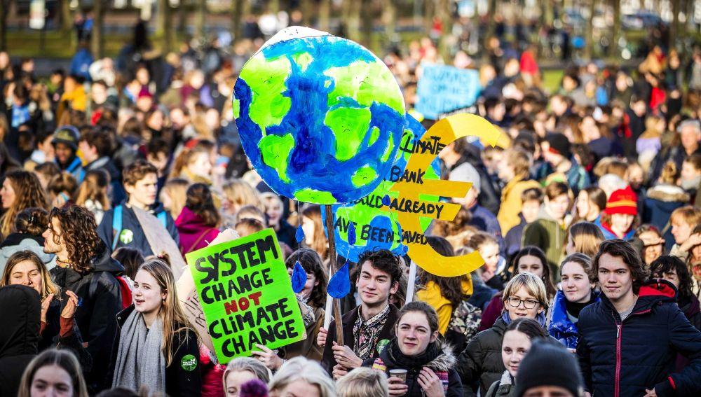 Los estudiantes europeos se manifiestan para pedir medidas contra el cambio climático