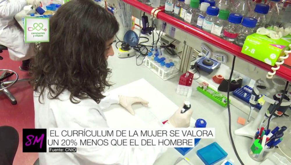 """La discriminación de la mujer también está presente en la ciencia: su trabajo se valora """"hasta un 20% menos"""""""