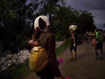 Mujeres africanas con sus bebés