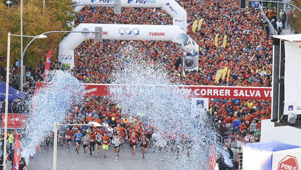 Los primeros corredores de la 11 ª Carrera Ponle Freno de Madrid