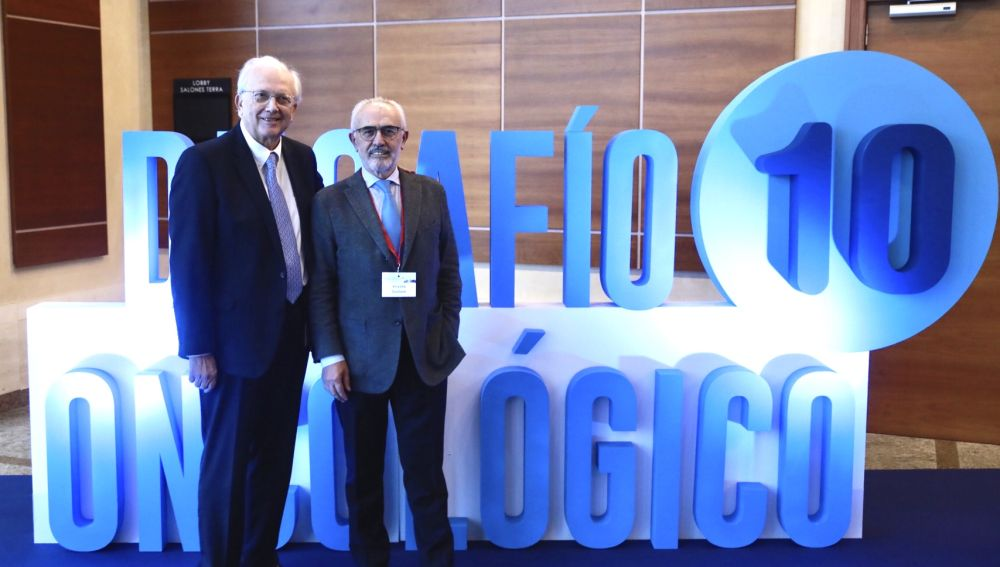 Dr. Vicente Guillem y el Dr. Carlos Camps en el Congreso Desafío Oncológico