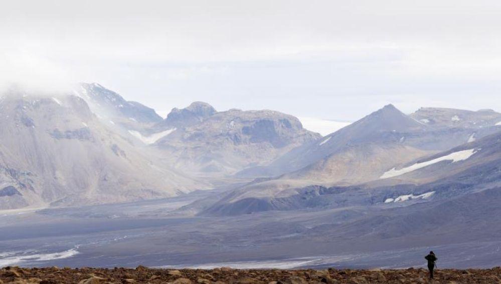 Investigadores comprueban los efectos de la subida de las temperaturas en el suelo de Islandia