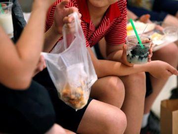 Tailandia arranca el 2020 con una cruzada contra las bolsas de plástico