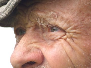 Ojos de un anciano