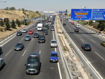 Tráfico en las carreteras próximas a Madrid