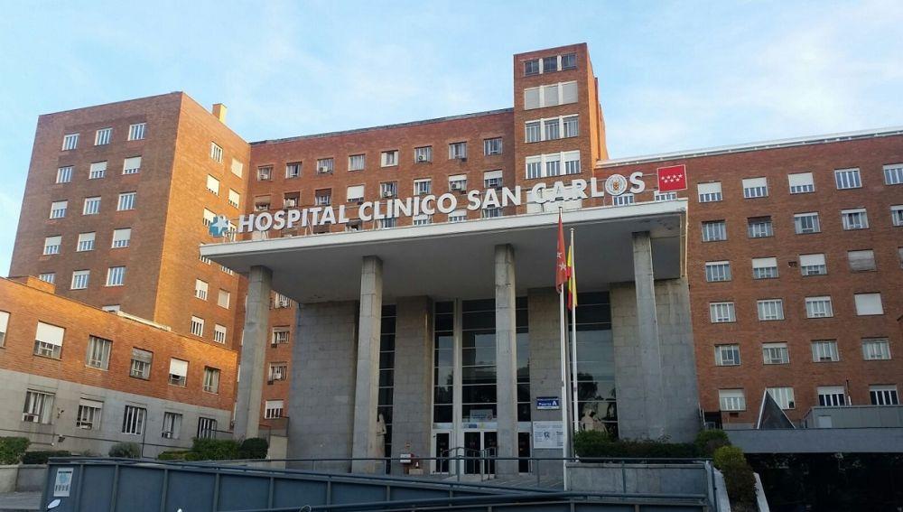 Fachada del Hospital Clínico San Carlos, en la Comunidad de Madrid