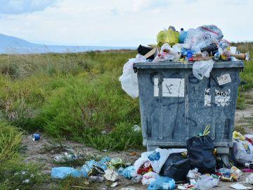 Se estima que la producción de plástico global alcance los 380 millones de toneladas en 2025