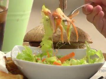 No pedir para llevar la comida que te sobra en un restaurante perjudica al planeta