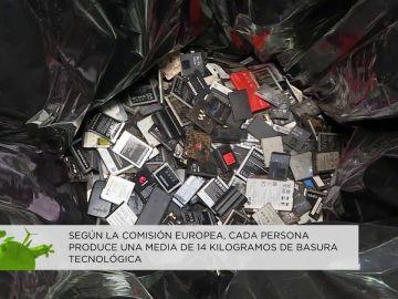 Los españoles somos líderes en consumo de dispositivos electrónicos, pero no en su reciclado