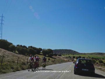 Cuando viene una bicicleta de frente no se puede adelantar
