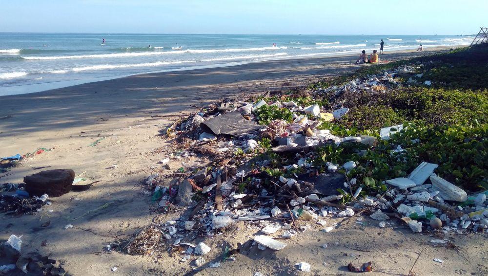Basuraleza en las zonas marinas