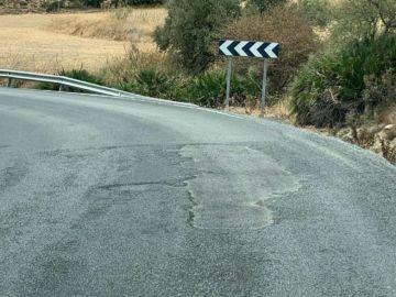 Carretera de Málaga en un estado muy peligroso