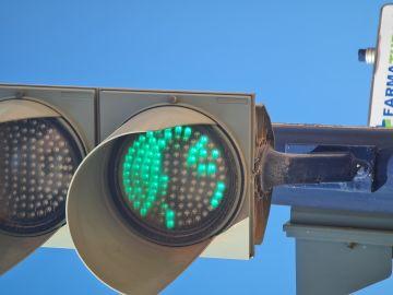 Semáforos fundidos y pasos de peatones desdibujados en Murcia