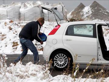 El hielo hace acto de presencia en las carreteras