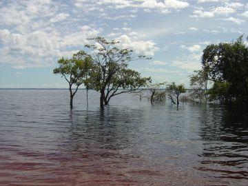 El Río Negro cuando no sufría sequía