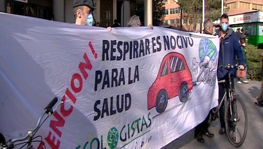 Ecologistas en Acción denuncia al Ayuntamiento de Madrid por la contaminación del aire