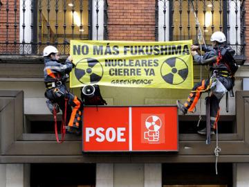 Greenpeace protesta contra las nucleares