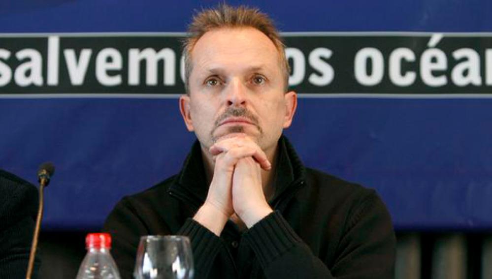 El cantante Miguel Bosé en una rueda de prensa en defensa del atún rojo.