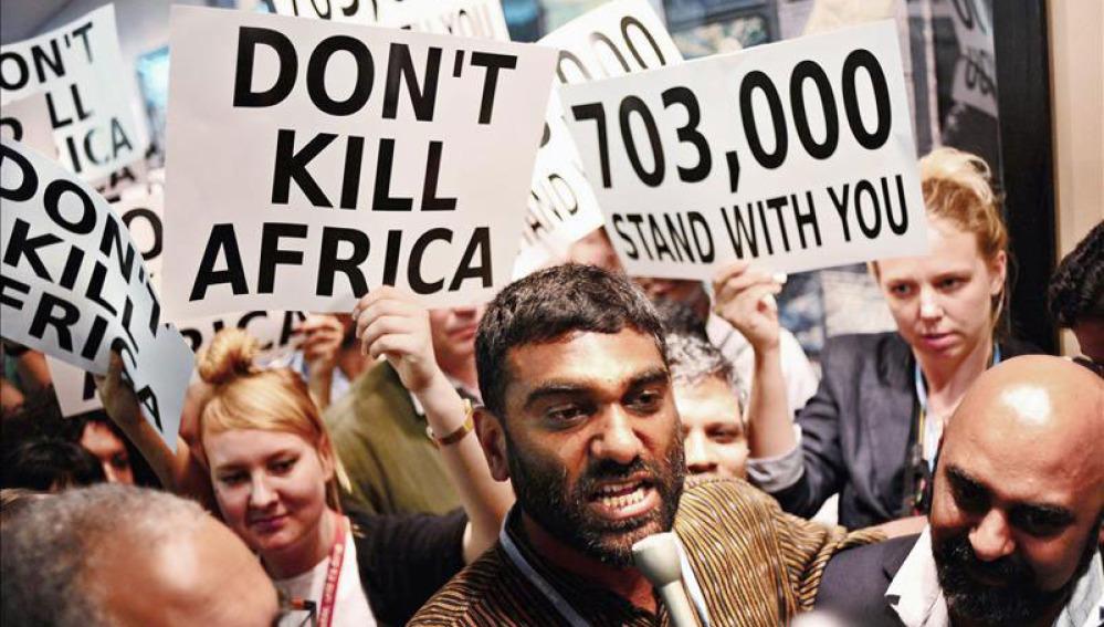 Activistas en Durban (Suráfrica)