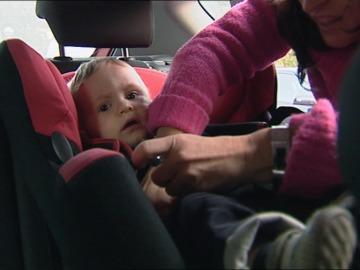 Una de cada cuatro sillas de retención infantil suspende en seguridad y manejo