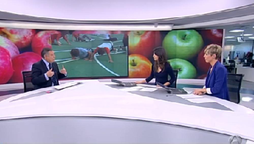 El Doctor  Beltrán en el plató de Antena 3 Noticias 1