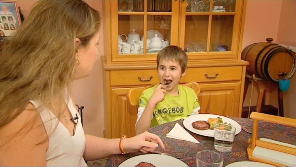 Los niños deben comer con tranquilidad