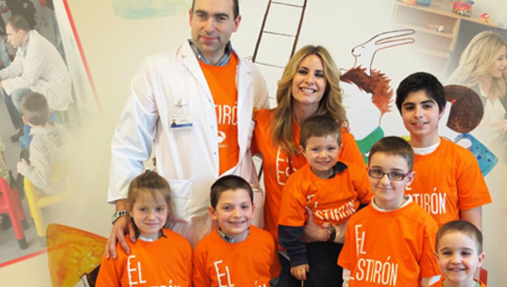 Ainhoa Arbizu visita el Hospital Rey Juan Carlos de Madrid