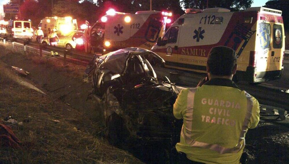 Un muerto y tres heridos leves en un accidente de tráfico en la carretera de Colmenar Viejo
