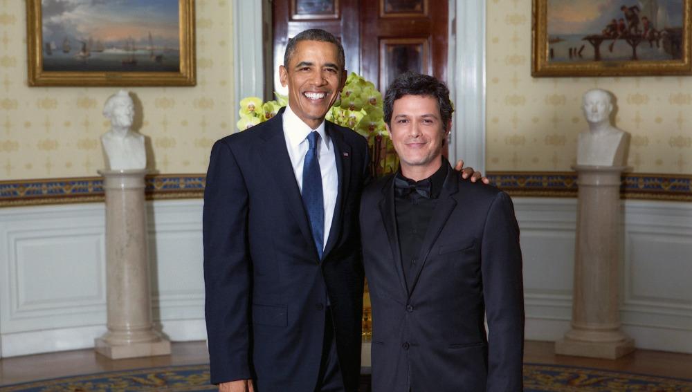Obama recibe a Alejandro Sanz en la Casa Blanca