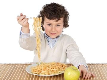 ¿Conoces los mitos que giran en torno a la alimentación infantil?