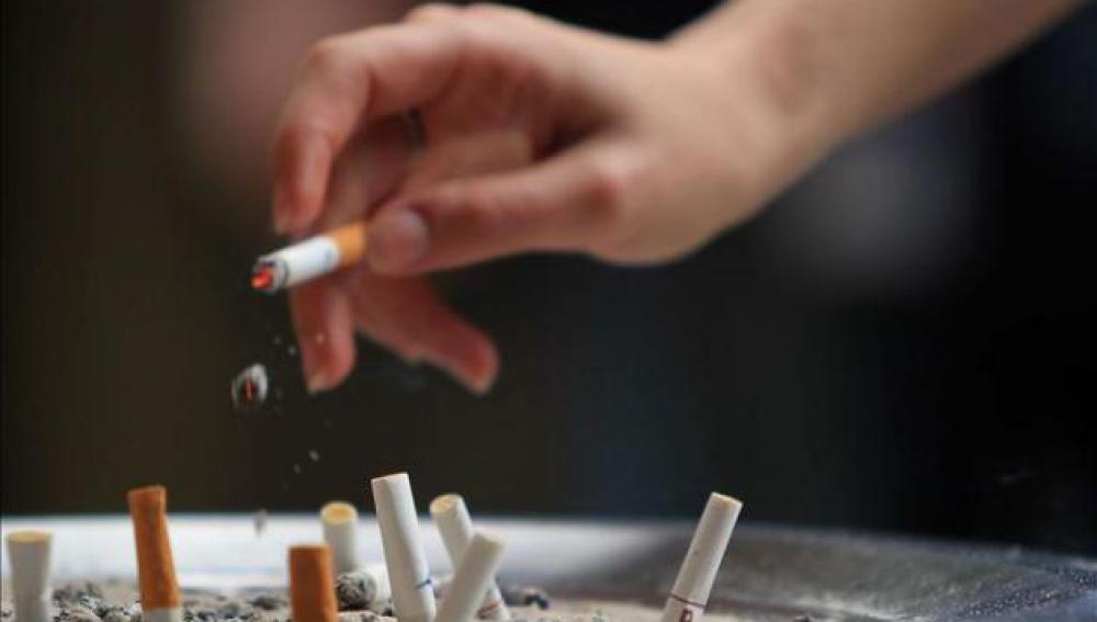 Imagen de archivo de un cigarrillo