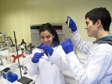 Jóvenes científicos se reúnen con 70 premios Nobel