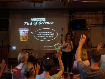 'Pint of Science' lleva la ciencia a los bares de distintos países de todo el planeta