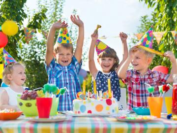 La comida de las fiestas infantiles debe ser variada y muy saludable