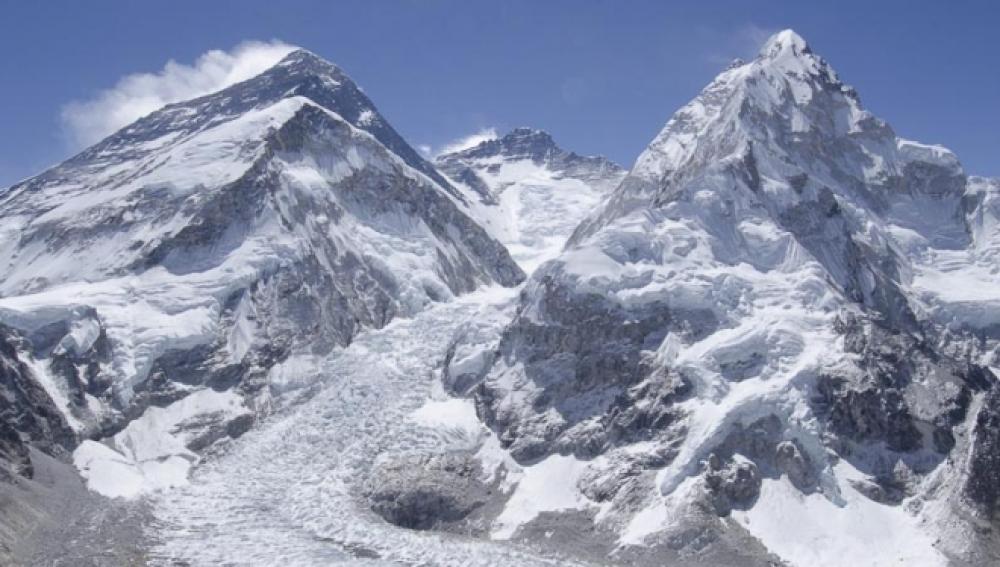 El Everest podría quedarse sin nieve en 2100
