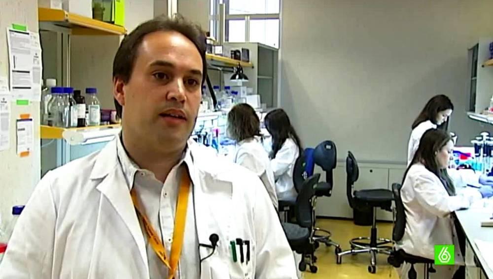 Héctor, científico